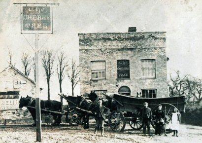 The Cherry Tree pub, Witham, Essex (circa 1914)