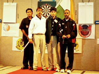 Ashfaque and the India team at the Pacific Masters 2005